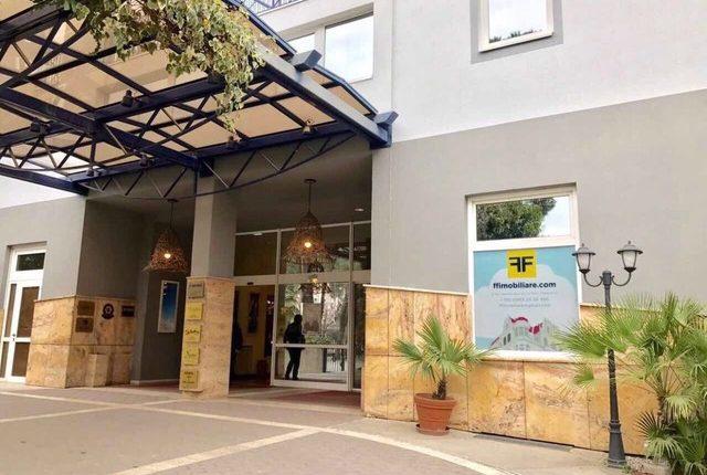 Si funksionon sistemi i shtijes dhe blerjes se pronave ne Shqiperi kur i drejtoheni nje agjensie?
